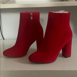 PrettyLittleThing Booties (Size 6.5) NEW!